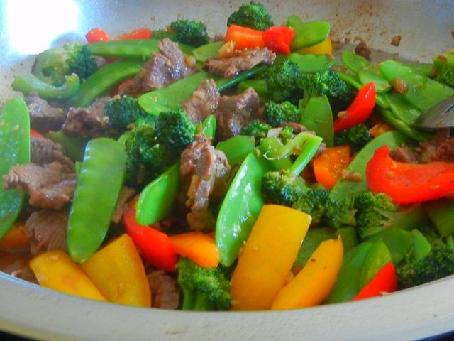 Stir-fry beef with veggies